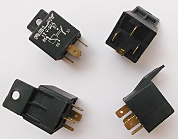30 amp relays 12V 4 Pin
